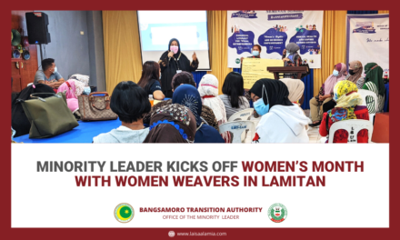 Minority leader kicks off Women's Month with women weavers in Lamitan